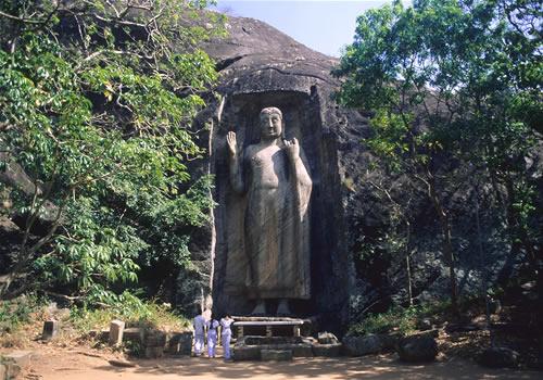 Sasseruwa Buddha Statue Sri Lanka
